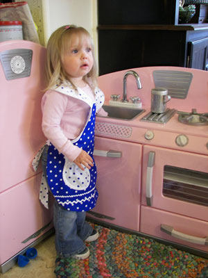 1940 Sky Blue/White poka dot child apron