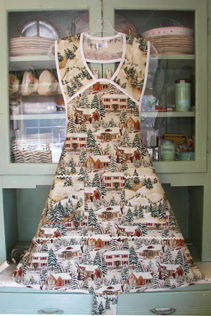 1940 Old Village Christmas with Ivory Trim, click for more views
