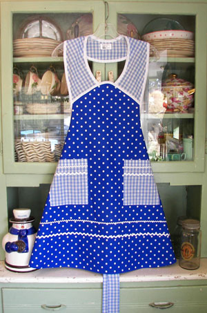 1940 Sky Blue polka dot / blue gingham, click for large view
