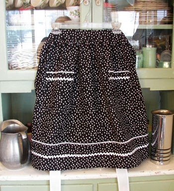 Retro Half Apron Black Polka Dot