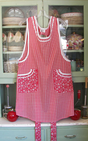 Violet Apron Red gingham / Red snowflake